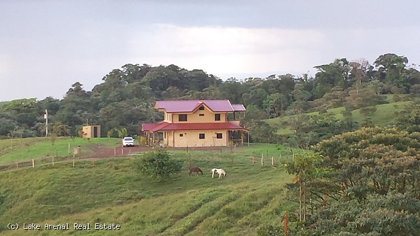 42.9 Hectare Property with Modern 4 Bedroom 2 Bathroom Home, 2nd House for Workers and Natural Sprin