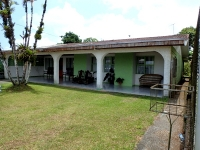 4 BR Tico Home, Walking Distance to Everything