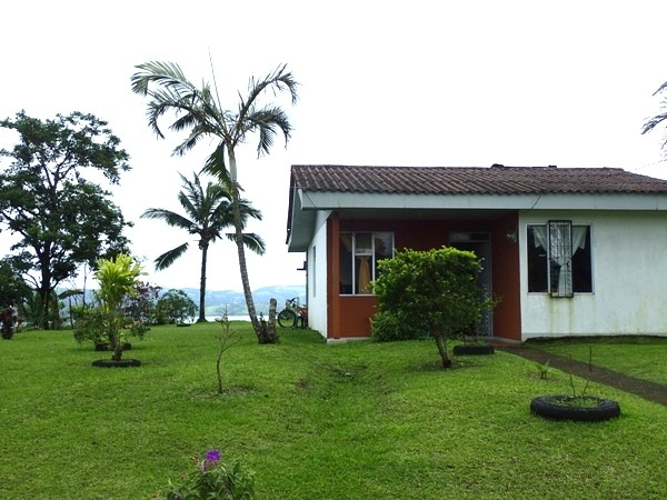 Two Bedroom Tico House with Amazing Lake and Volcano Views