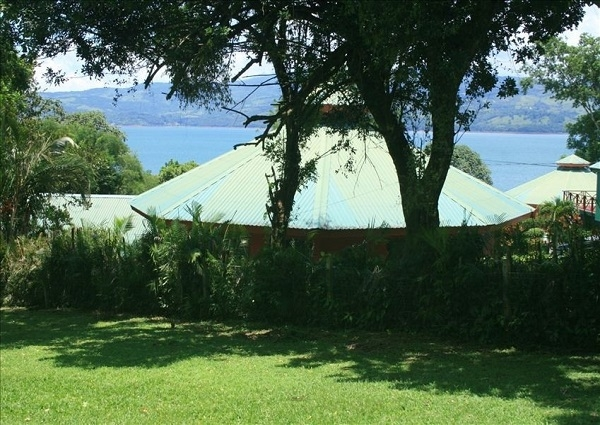 Charming Home Right on the Shore of Lake Arenal, with Direct Lake Access!