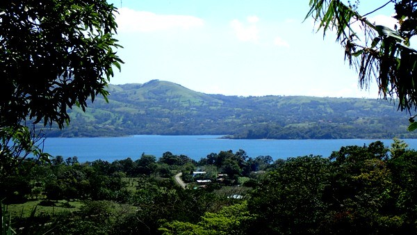 3 BR Tico House IN TOWN, with Lake and Volcano Views