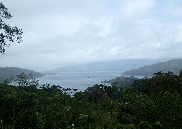 Excellent Property on the Shore of Lake Arenal