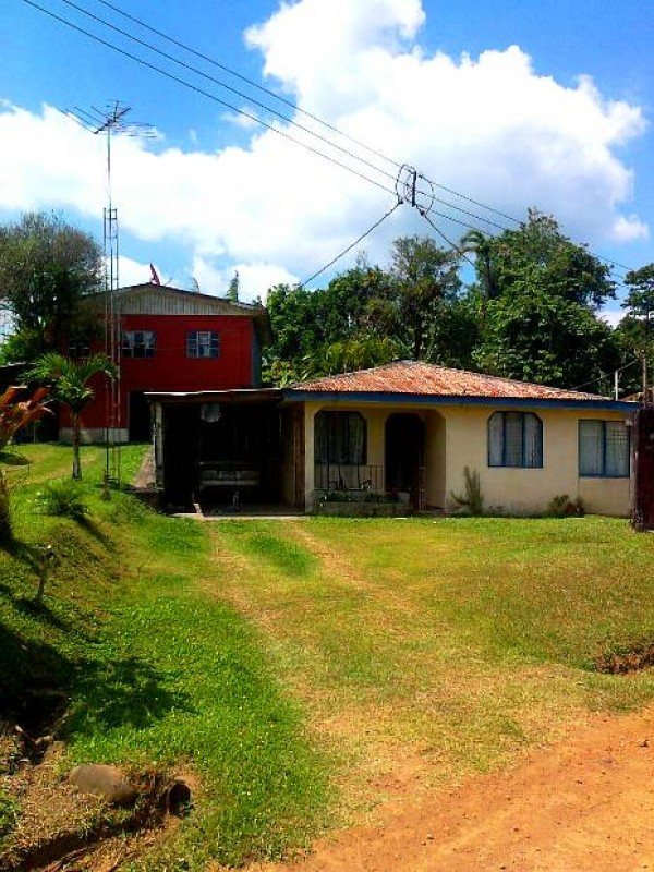 68 hect. Lot with Waterfall in Nuevo Arenal